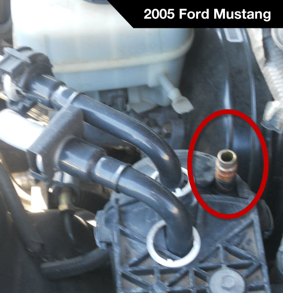 2005 Ford Mustang A/C Low Pressure Service Port