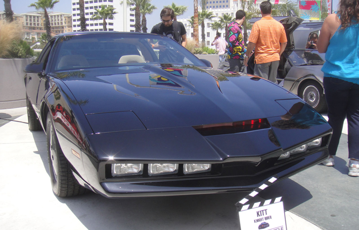 AC-Pro-Dress-Up-Car-For-Halloween-Kitt